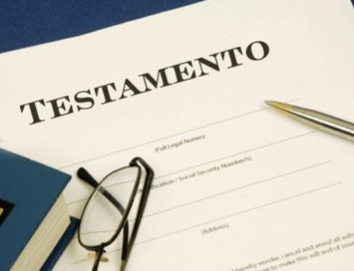 ¿ Qué sucede si se omite a un heredero legal en el testamento?